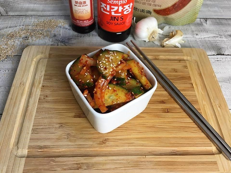 Low Carb Gurkensalat koreanischer Art Oi Muchim für Keto