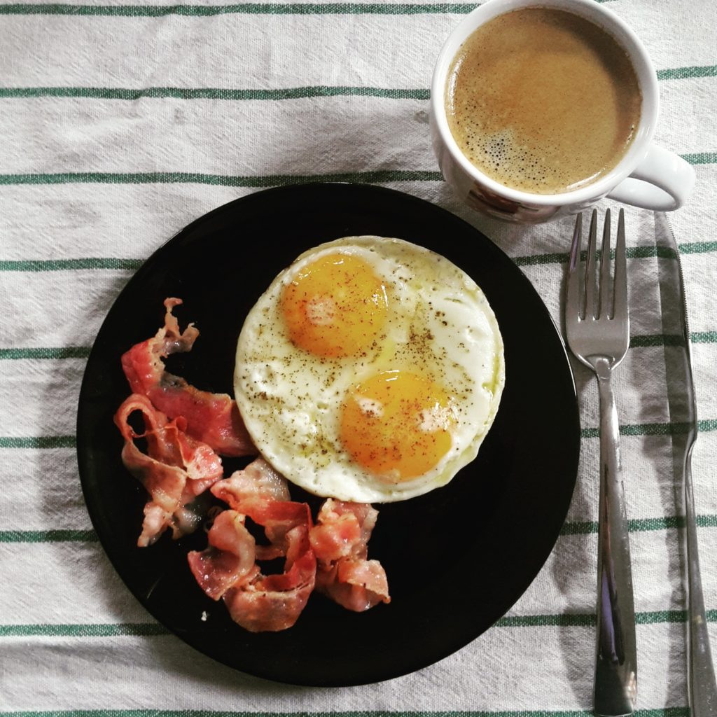 Eier mit Speck Bacon and Eggs