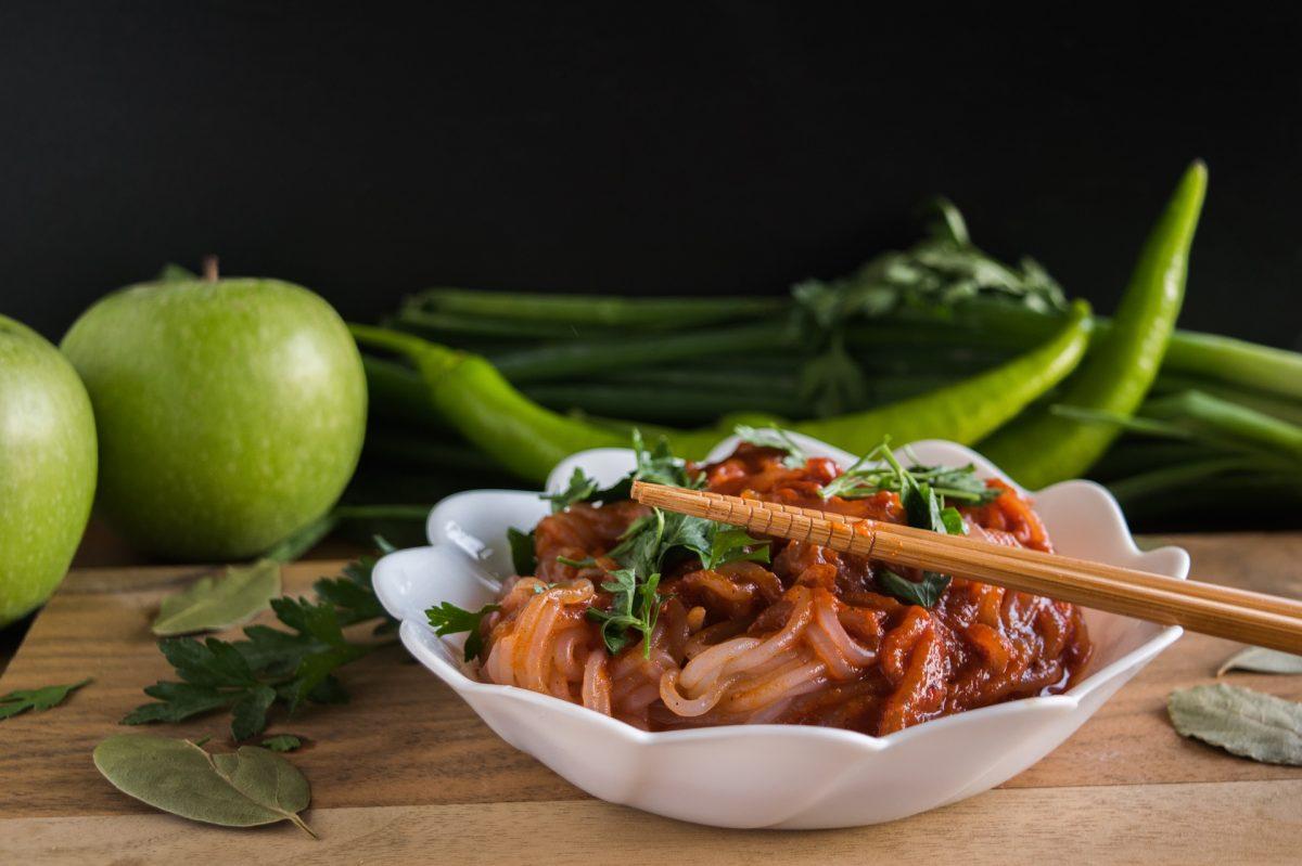 null kalorien nudeln mit tomatesauce