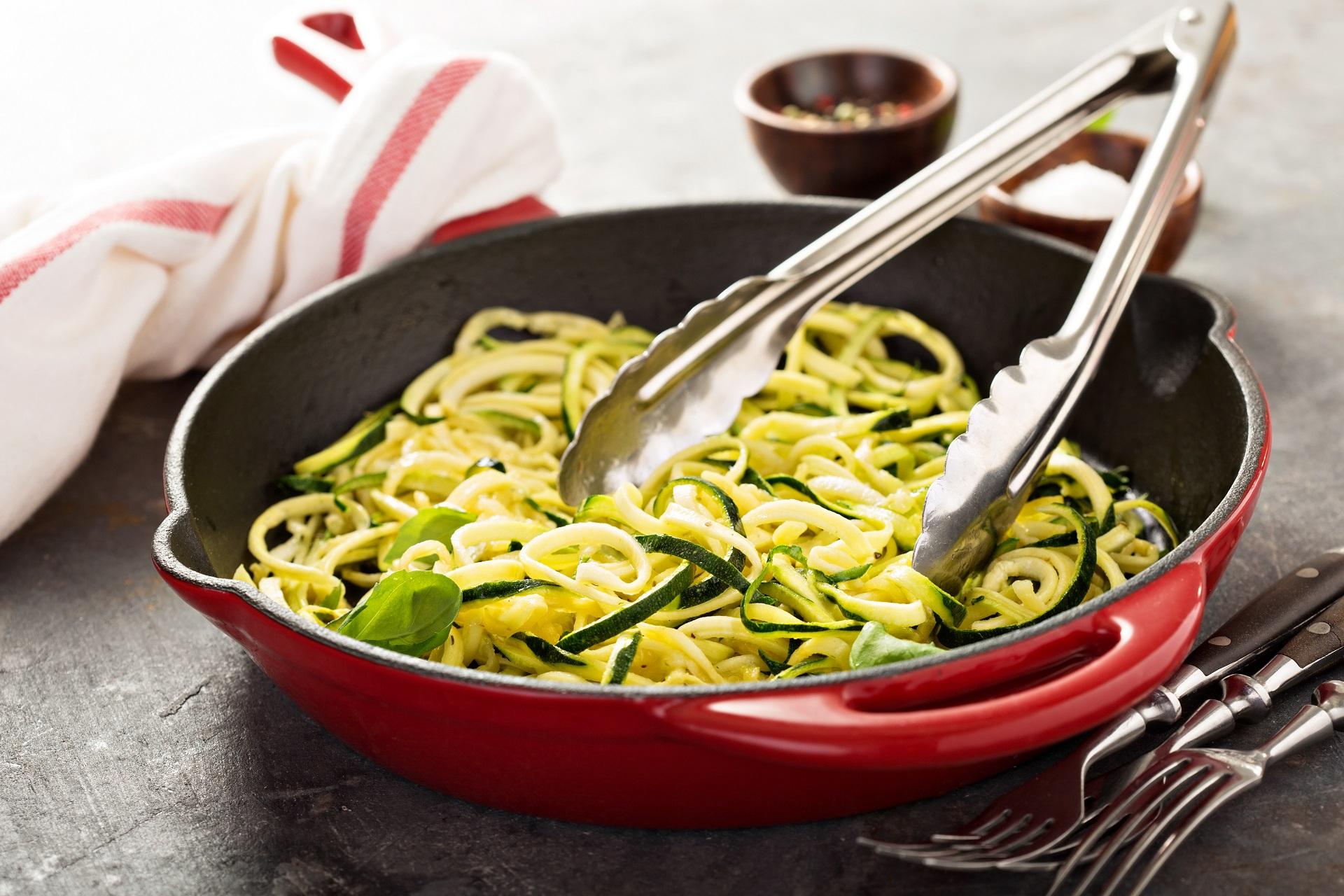 Low Carb Nudeln mit Pesto Rezept